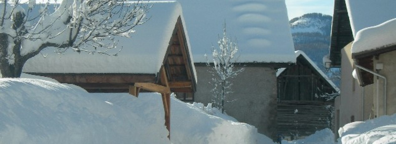 une bonne chute de neige dans le village